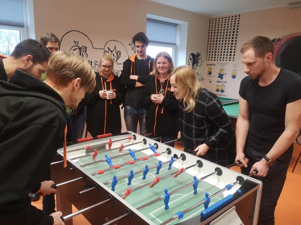 Kuršėnuose jaunimo darbuotojų stalo futbolo turnyras!